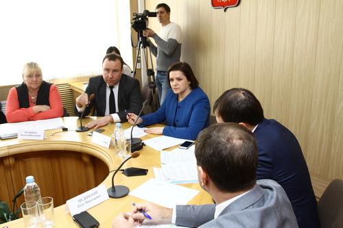 Проблемы расчистки русел и ремонтов берегозащитных сооружений на реках Краснодарского края обсудили в Армавире