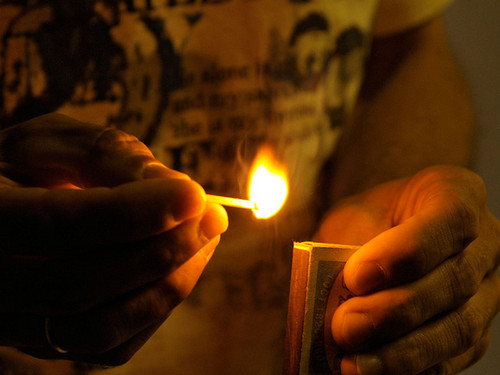 В Калининском районе  задержали подозреваемую в поджоге