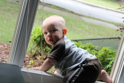 Профилактика травм у детей при падении с высоты