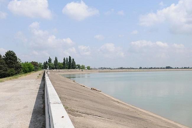 Кондратьев: из-за нехватки осадков муниципалитеты должны быть готовы к подвозу воды
