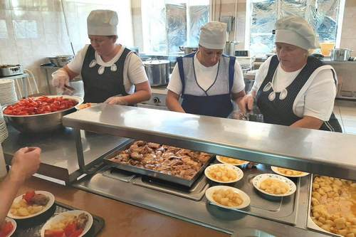 На Кубани всех учеников начальных классов обеспечат бесплатным горячим питанием
