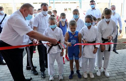 Вениамин Кондратьев открыл первый муниципальный центр единоборств