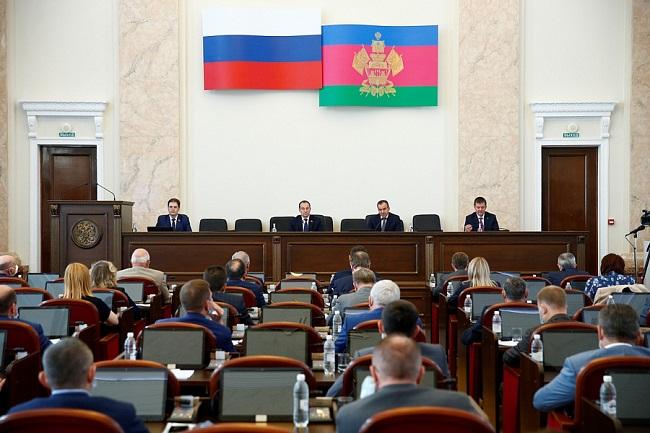На Кубани депутаты ЗСК поддержали кандидатуры вице-губернаторов, предложенные Кондратьевым