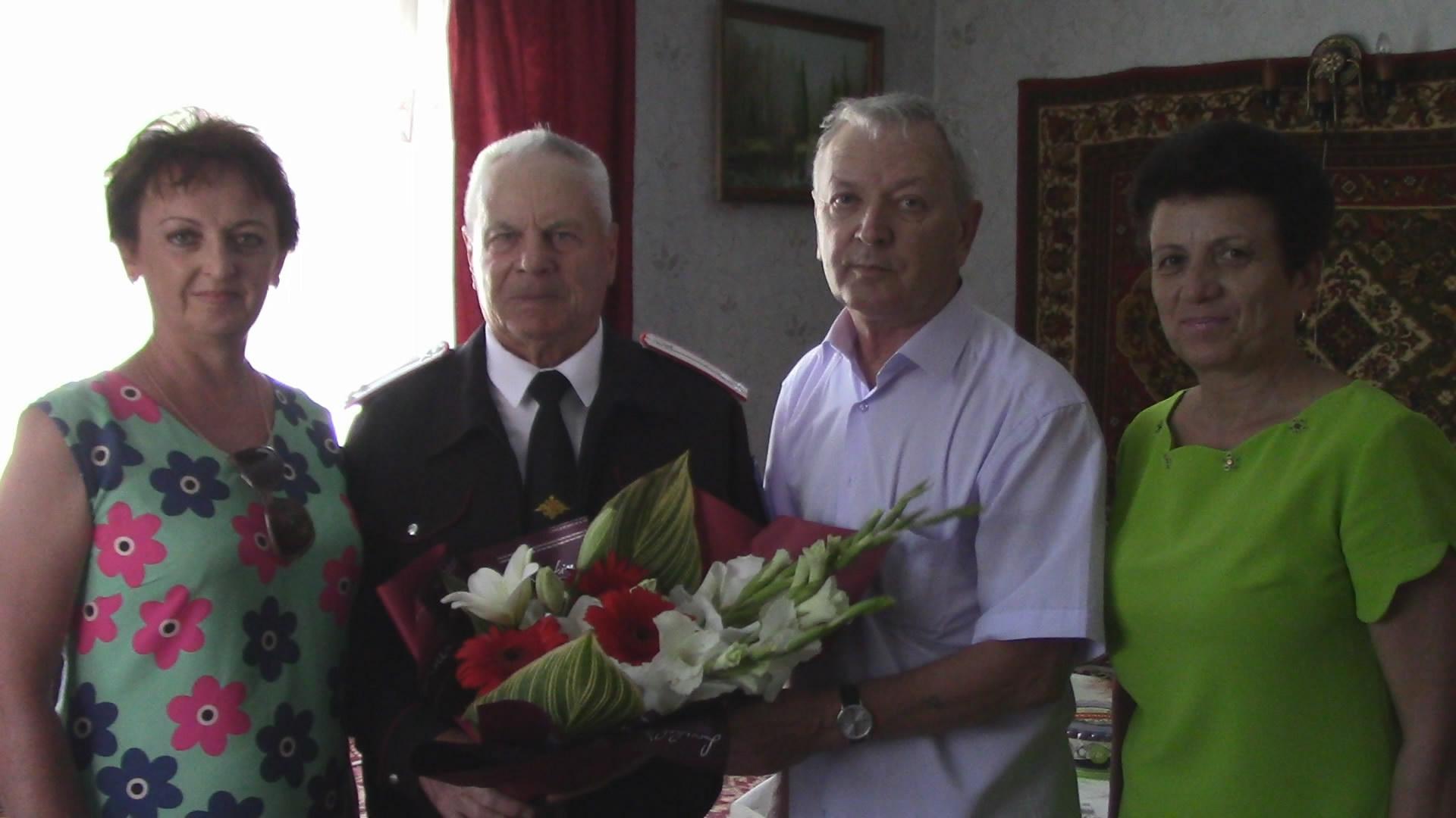 Коллектив газеты «Калининец» поздравил с юбилеем Николая Петровича Голубицкого