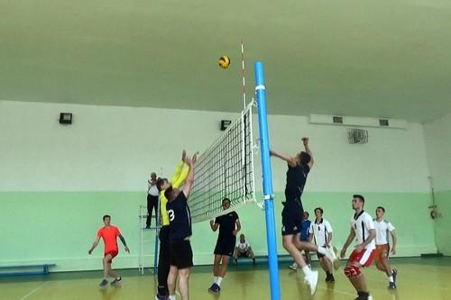 Открытые турниры по волейболу: играем за Победу!
