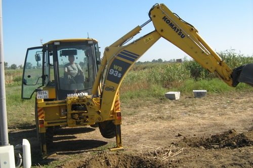 8 августа —  День строителя
