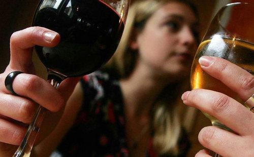 Особенности алкоголизма у женщин