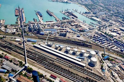 Новороссийский мазутный терминал ускорил перевалку нефтепродуктов на 20% благодаря участию в нацпроекте